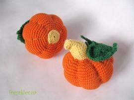 Вязание для детей и взрослых. рукоделие вязание крючком вязанные фрукты...