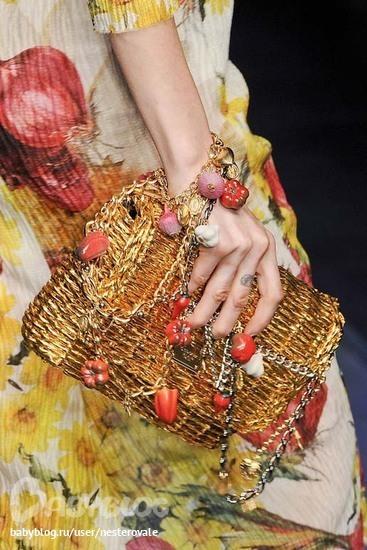 """Весенняя коллекция сумочек от  """"Dolce&Gabbana """""""