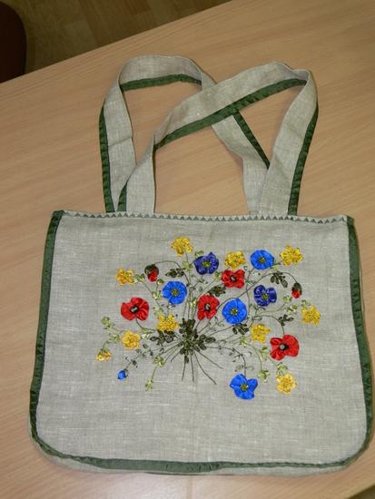 Девочки продаются летние сумки из 100 % льна сшитые вручную, с подкладом...