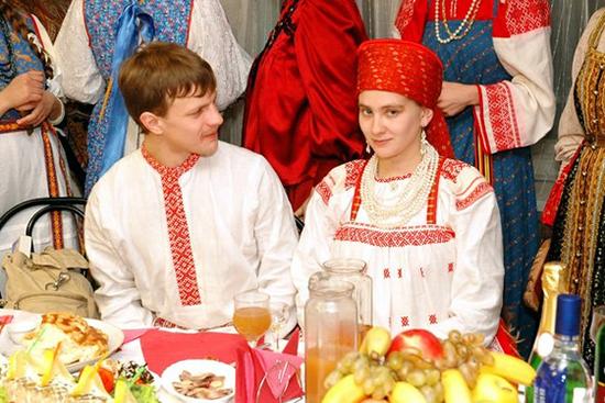 На фото cвадьба в славянском стиле.  Оригинальные идеи свадебного...