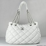 Классическая сумка chanel (шанель) 2.55 получила свое название от.