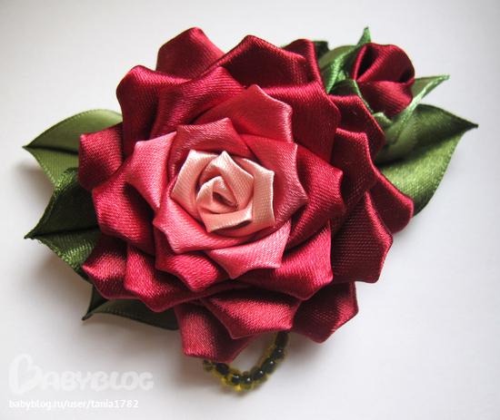 Как сделать брошь цветок из ткани своими руками из лент