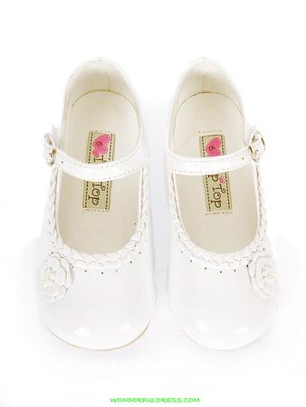 Туфли белые на девочку 14,6 см по стельке, очень красивые, нам не...