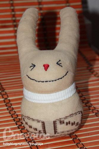 Как сделать зайца из носка своими руками фото