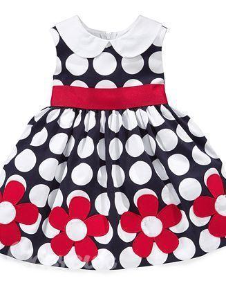 нарядное платье для выпускного в детском саду.