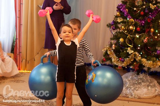 Как сделать детский костюм силача - Status-style.ru