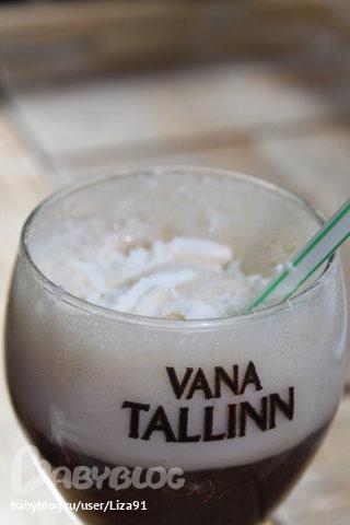 Коктейль с ликером Cream Liqueur Vana Tallinn.