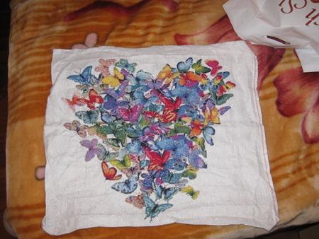 Сердце из бабочек вышивка крестом 8