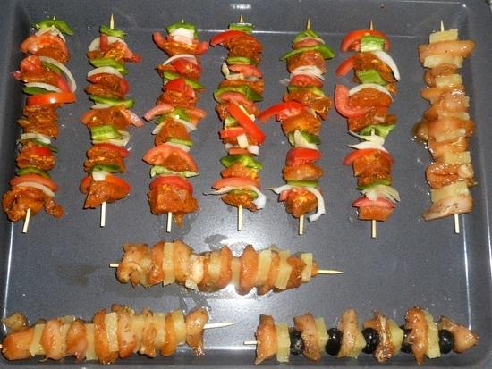 Мясо на шпажках рецепт с фото