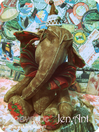...одна из мастериц, увлекающихся изготовлением чердачных кукол.