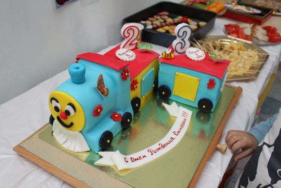 торт на 2 годика мальчику фото