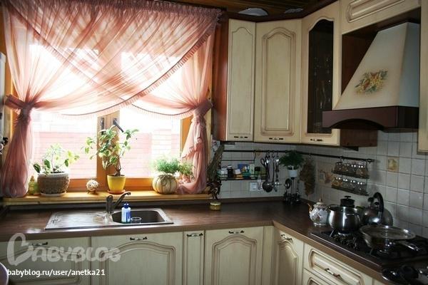 сшить шторы на кухню фото
