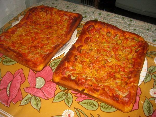 Пицца с дрожжевого теста с фото