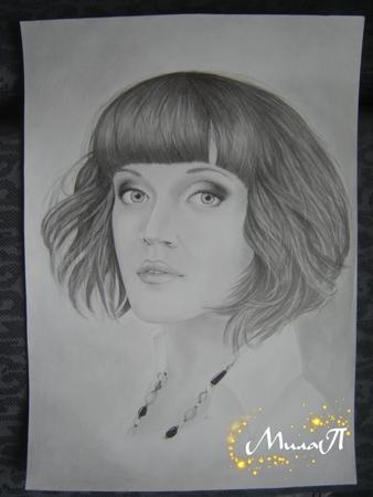 Категория портреты и рисунки в