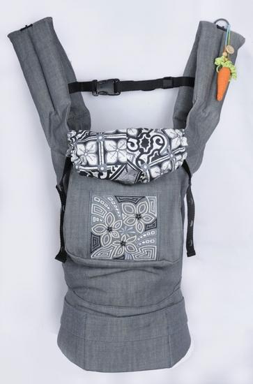 Эргономичный рюкзак My Baby+накладки для сосания.  Был для показа, его...