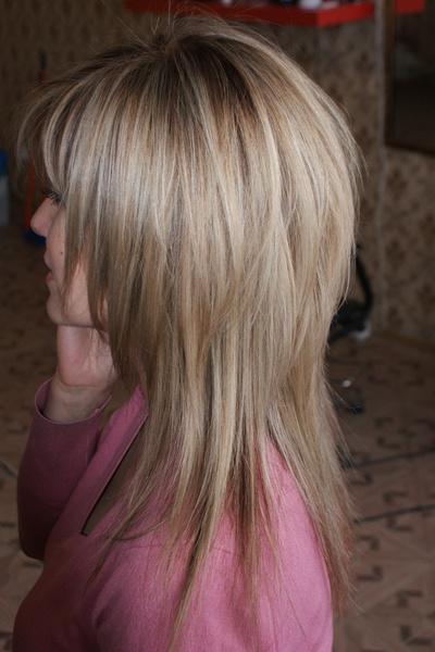 Стрижка лесенка и шапочка на средние волосы