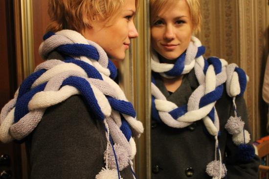 Такой вот новй шарф-косичка получился.  А еще попробовала себя в роли...