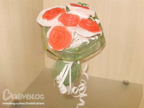 Цветок орхидеи розового цвета