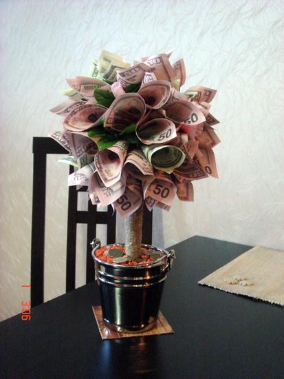 Дерево с конфет и денег своими руками 42