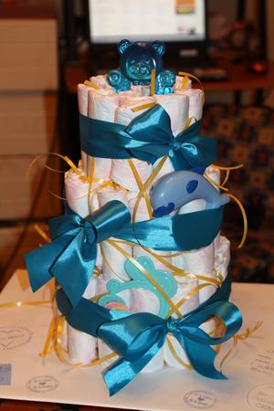 Как упаковать подарок для новорожденного
