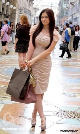 фото девушек кавказа в юбках