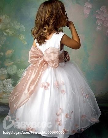 платье для девочки нарядное сшить.