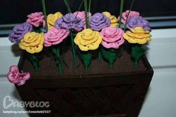 Вяжем цветок своими руками 938
