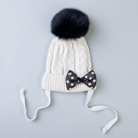 Вязаные шапки с ирландскими жгутами, косами или аранами всегда смотрятся...