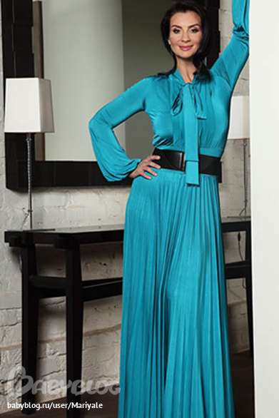 фото стриженовой в деловой одежде