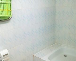 душ в туалетной комнате!